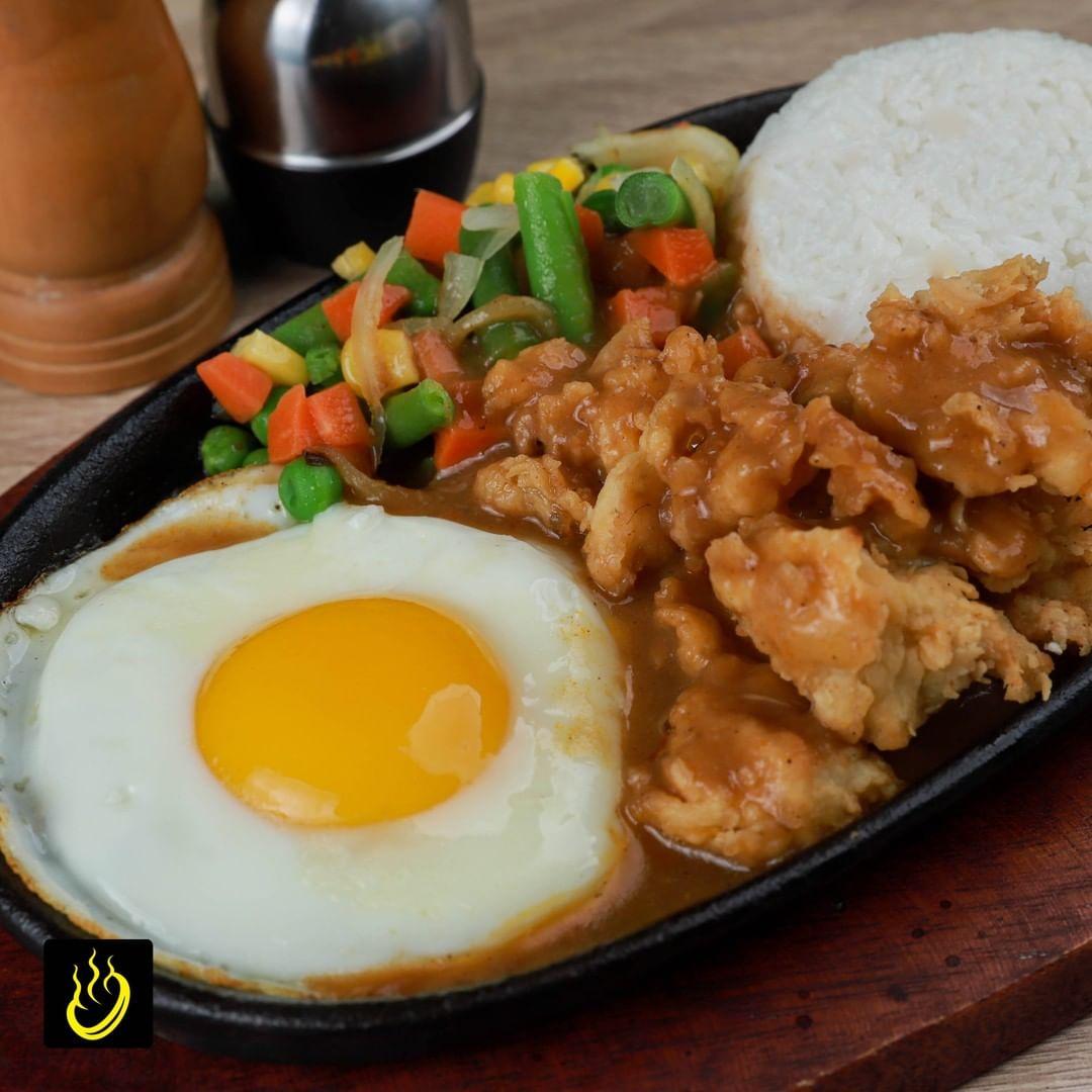 Waroeng Steak and Shake Tempat Makan Steak Murah di Surabaya